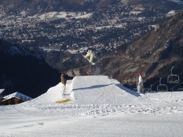 MONTE_PORA_SNOW_BOARD